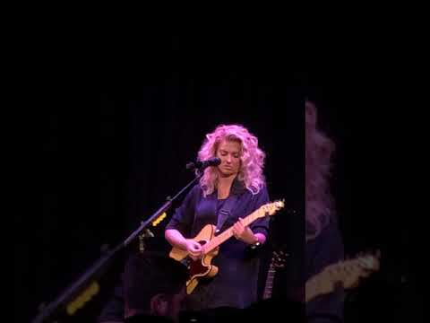 Kid I Used To Know (New Song) [Tori Kelly Live @ The Roxy]