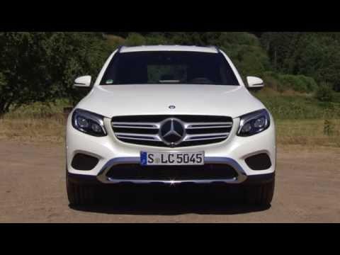Mercedes-Benz GLC 350 e 4MATIC Diamond White - World Premiere