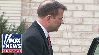 Peter Strzok loses FBI security clearance