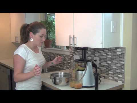 Video Avocado Ginger Detox juice