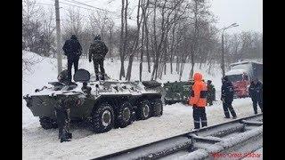 Российский БТР свалился в пропасть в Абхазии. Трое погибших...
