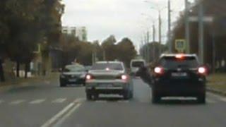 Сбили пешехода на пешеходном переходе на глазах у полиции!Шок!Замедленное видео ДТП!