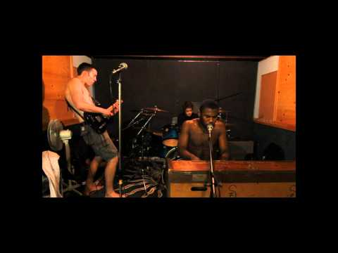 Slaves To the Groove   Devils Sauna