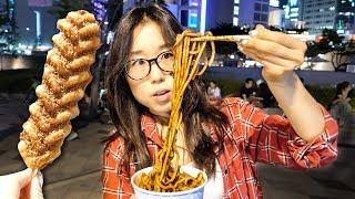 STREET FOOD TOUR at Korean Night Market in Dongdaemun