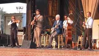 "Steve Martin & the Steel Canyon Rangers - ""Daddy Played the Banjo"" Live at Snowden Grove 2014"
