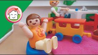 رؤى ابتدت تستعمل البوتي - القصرية يعني - عائلة عمر - أفلام بلاي Playmobil Arabic