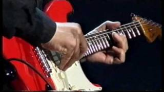 Mark Knopfler Telegraph Road : great end solo (Lille 2005)