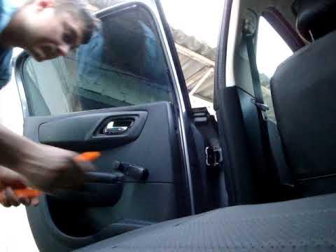 Citroen C4 (LC) Hatchback - Снятие обшивки задней двери
