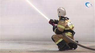 В Великом Новгороде отметили 368-ю годовщину Пожарной охраны России