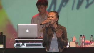 Soundwave - Salah (live)