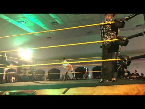 Chelsea Green with Deonna Purrazzo (Entrance) - NXT Citrus Springs 11/15/2019