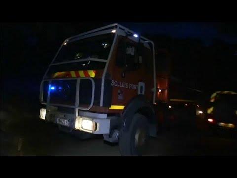 Γαλλία: Στις φλόγες ο γαλλικός νότος