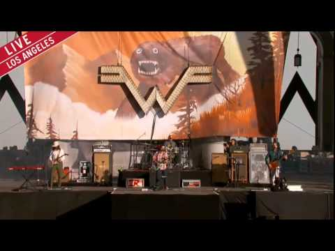 """Weezer - """"Back To The Shack"""" @ Made In America Fest"""