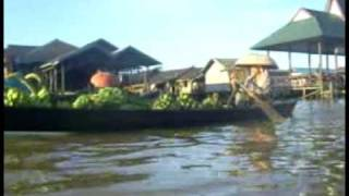 preview picture of video 'Joe Yas - Floating Market Lok Baintan'
