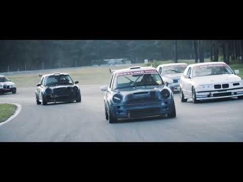 Film promujący wyścigi samochodowe