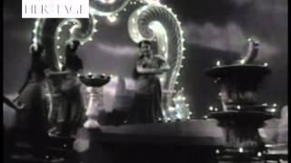 Aayi Diwali Aayi Kaisi Khushali Aayi - Khazanchi   - YouTube