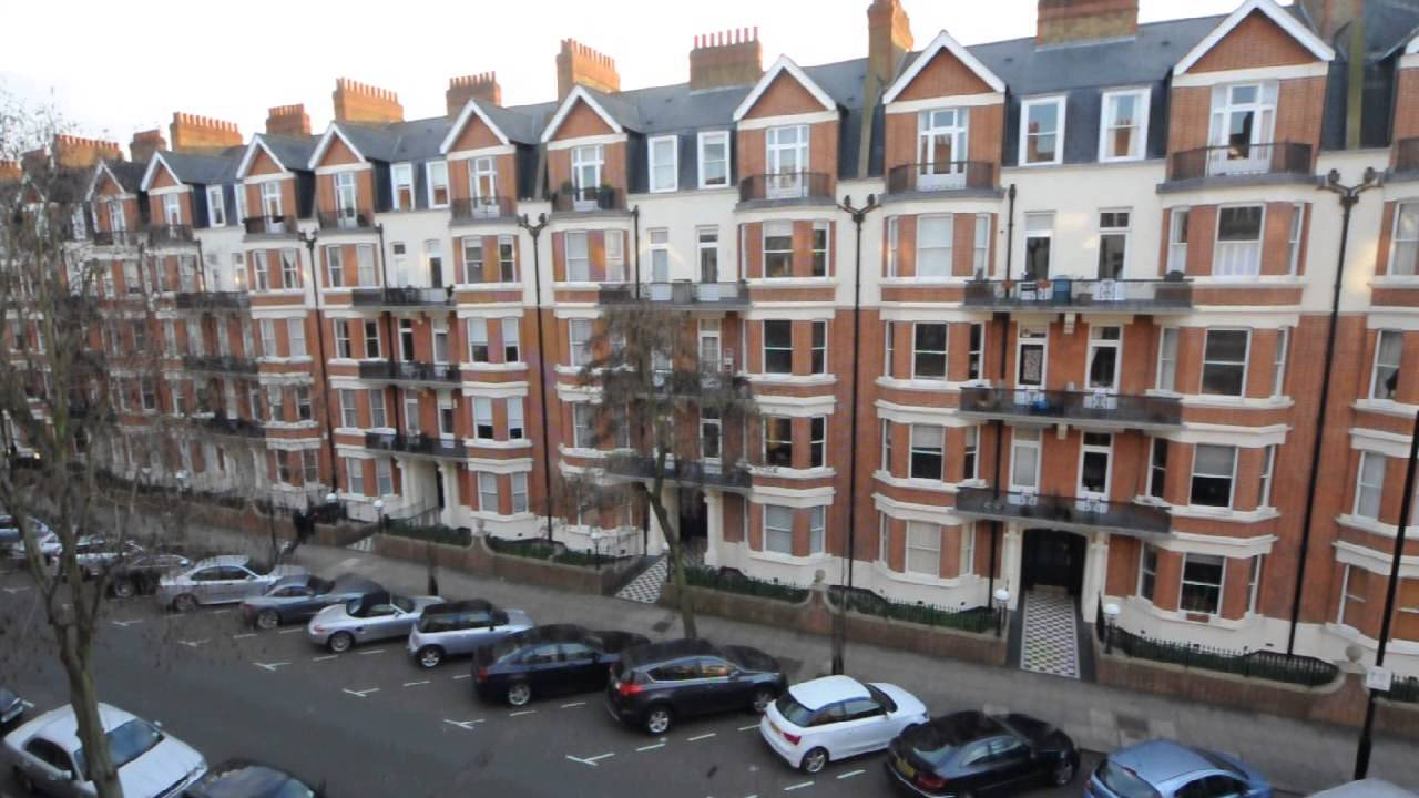 Comfortable Rooms in 4 Bed 2 Bath Flat in Maida Vale
