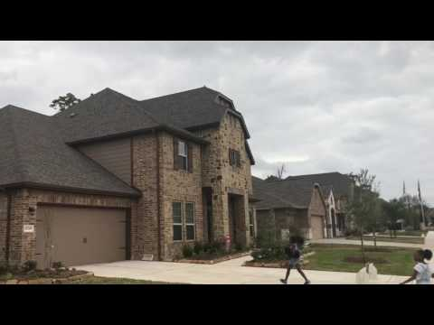 Mini Vlog:3| House Shopping in Houston| Was That A snake?!| Cooking W/Faye