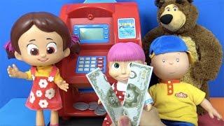 Maşa'nın parası yırtılıyor ✔︎ Cailou ve Niloya oyuncak ATM makinesinde Heidi Merkez bankası memuru