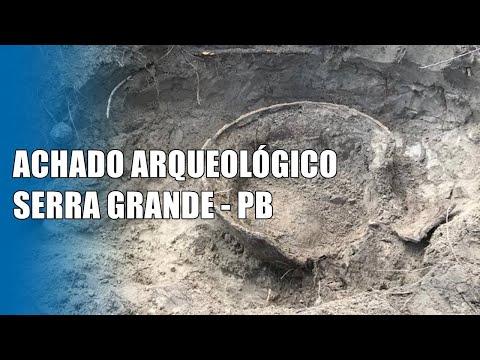 Urnas arqueológicas encontradas em Serra Grande (PB)