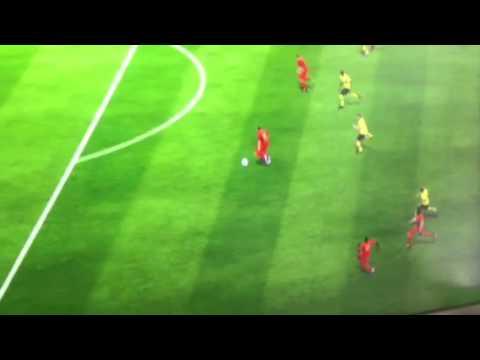 Arjen Robben hört bei der 100% Chance auf zu laufen