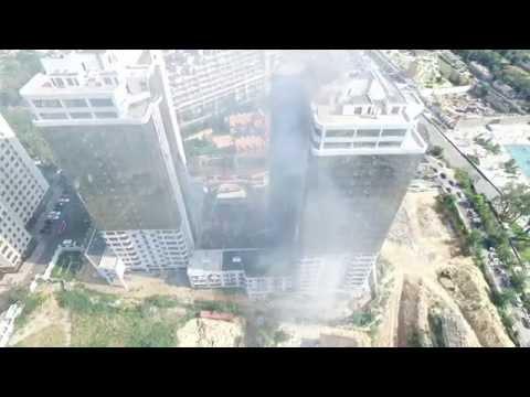 З'явилося ще одне відео пожежі одеської багатоповерхівки, яку відзняли дрони