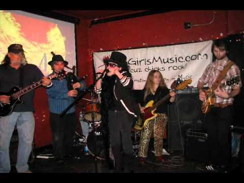 Sylvia Platypus- Wraggle Taggle Gypsies