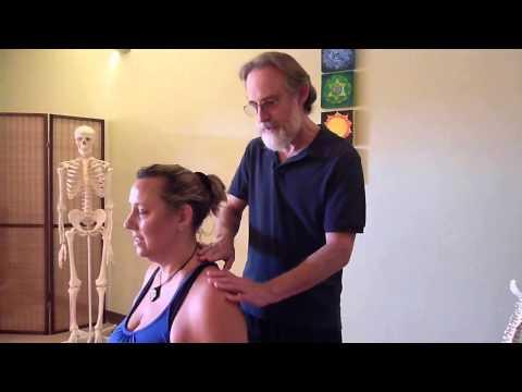 Provochi rigidità articolare nelle ginocchia