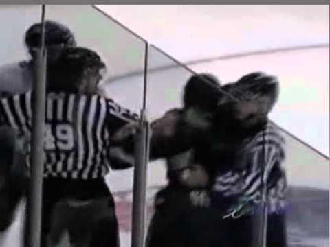Kevin Boyer vs. Devon Oliver-Dares