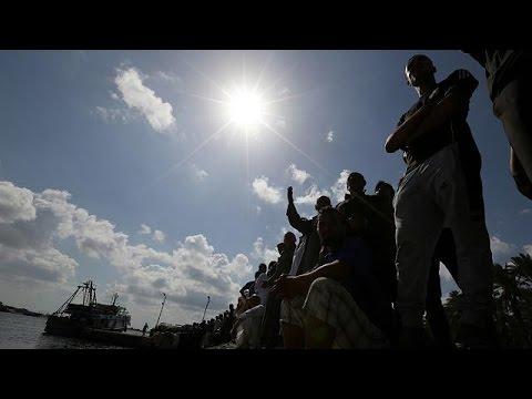 Αίγυπτος: Ώρες αγωνίας για τους αγνοούμενους από το ναυάγιο σκάφους με 600 μετανάστες