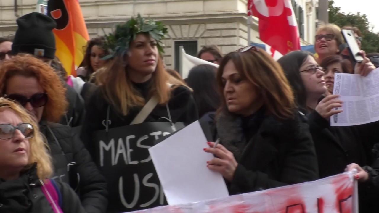 Lo sciopero dei diplomati magistrali: il loro posto è a rischio