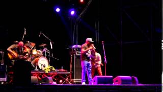 Poor man style - Barrington Levy _ live @ Festa radio onda d'urto 2015