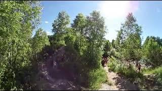 Идем к низу Пещерского водопада видео 360