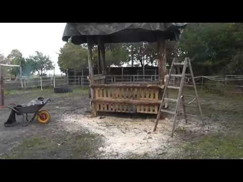 Heuraufe selber bauen ,Futterraufe, Pferdevideos ,Slow Feeder,Horses ,Hay Rack ,말, comedero de heno