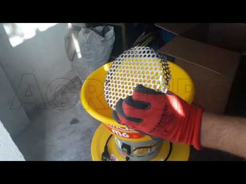 Montage der elektrischen Getreidemühle mit Kübel 1600 watt AgriEuro