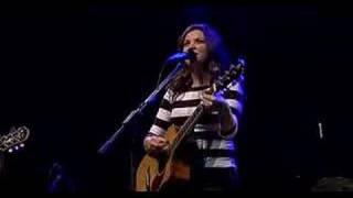 Damhnait Doyle - Essence (live)