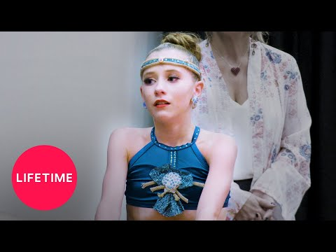Dance Moms: Yolanda Psyches Out Elliana (Season 8) | Extended Scene | Lifetime