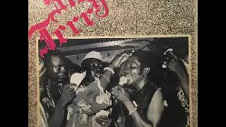 Sir Jerry Oshiorenua And The Heroes Dance Band Of Etsako – Onoshidagbe 70s NIGERIAN Highlife Music