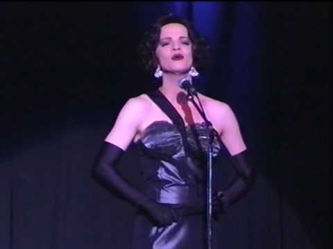 "Katharina Elena - Schöner Gigolo, armer Gigolo (Marlene Dietrichs ""Just a gigolo"")"