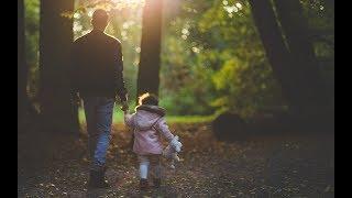 Отец больше любит приемную дочь