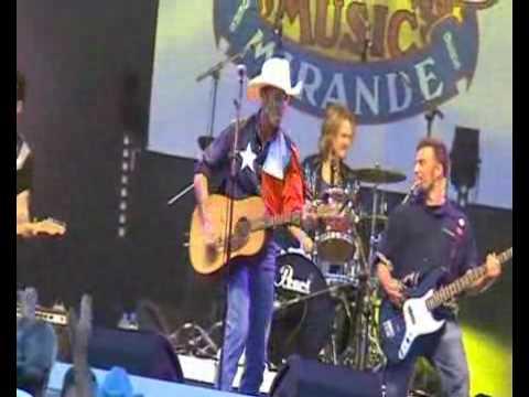 Robert Banta performs Cocaine Blues in Mirande, France 2009