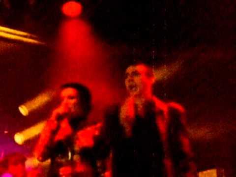 Marc Almond & Siouxsie Sioux - Threat Of Love (Album Version)