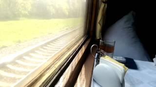 Смотреть онлайн Звуки поезда и стук колес