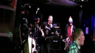Uncalm - Live @ The Moorings