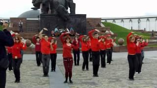 Mylene Farmer flashmob in Moscow 13.05.2012