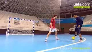 Игра столба в мини-футболе