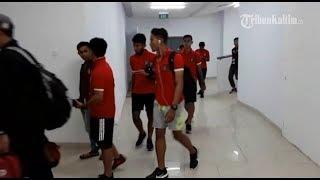 Begini Tingkah Laku Pemain Persiba Balikpapan dan Bali United saat Memasuki Stadion