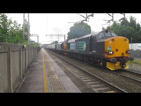 37602 & 37606 with 'The Retro Welsh Dragon 2' plus 86259 wit…