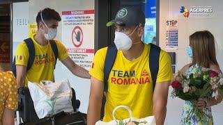 Lotul echipei de fotbal a României a revenit la Bucureşti, de la Jocurile Olimpice