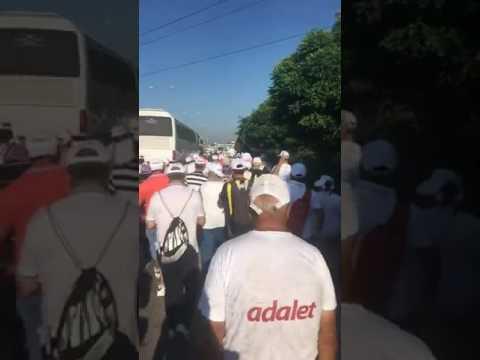 CHP gençliği Adalet Yürüyüşü'nde